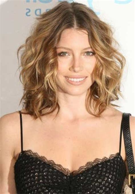shoulder length haircut for wavy hair haircuts for thick hair 2014 2015 hairstyles haircuts 2016 2017