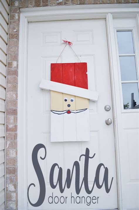 Ez Door Hanger by Seasonal Character Door Hanger Tutorial Our Thrifty Ideas