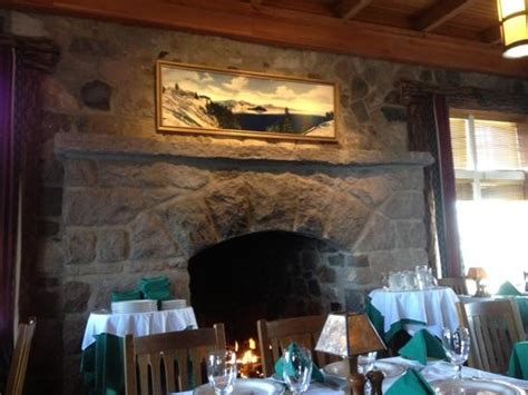 crater lake lodge dining room crater lake lodge dining room picture of crater lake