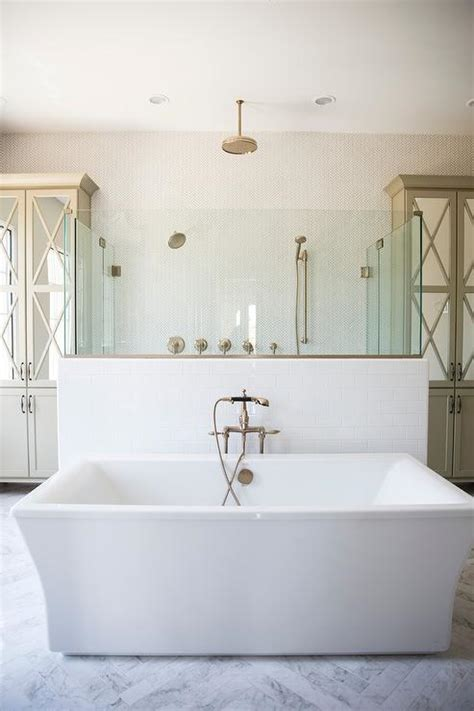 Dark Wood Like Tiled Bathroom Floor   Transitional   Bathroom