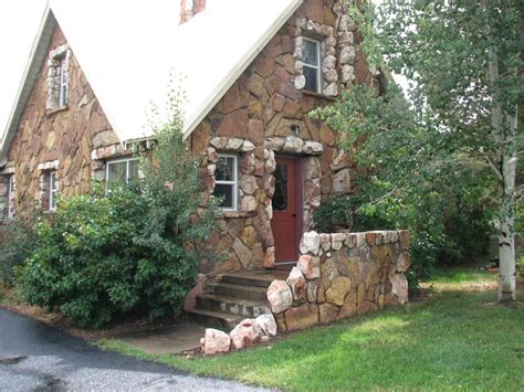 the rock house listed on the colorado state vrbo