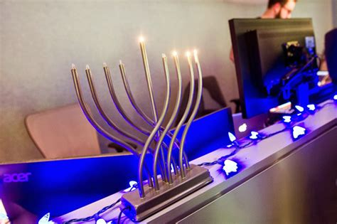 google images menorah jewglers jewish googlers hanukkah menorahs in new york