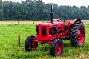 alte le oldtimer traktor fahren ab 58 187 nostalgiefahrt schenken