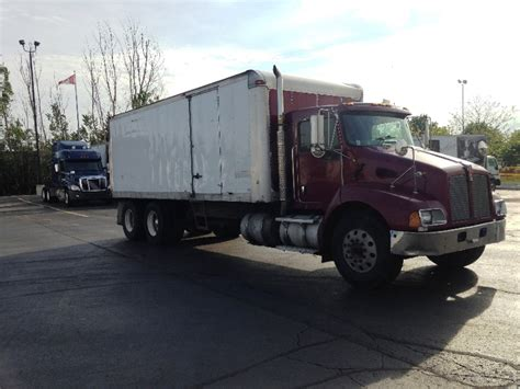 kenworth medium duty trucks for sale used kenworth t300s for sale penske used trucks