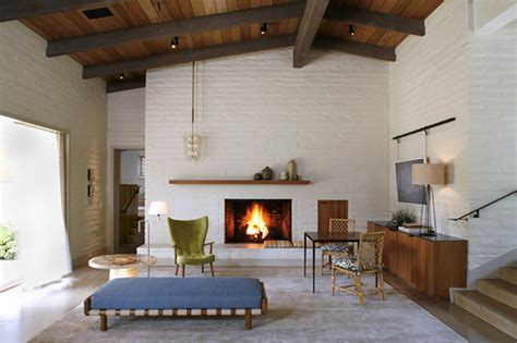 Mid Century Modern Fireplace by Mid Century Modern Renovation