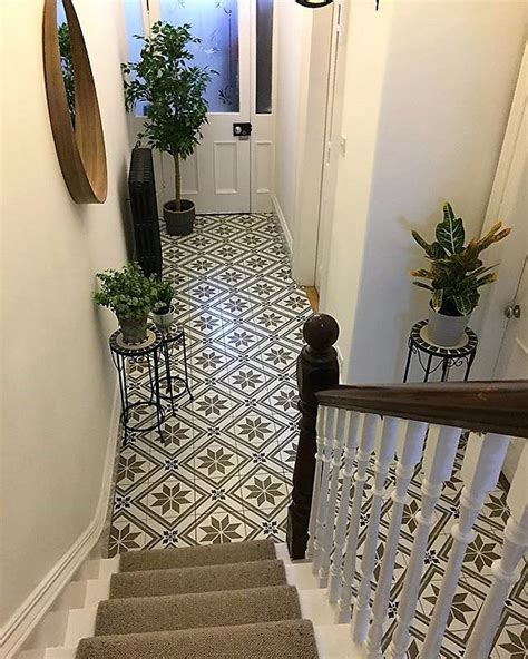 claires bold beautiful victorian terrace hallway