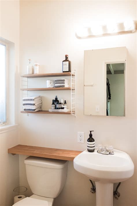 Space Bathroom - 20 small space bathroom tips plus how i decluttered my