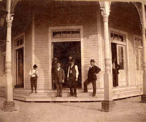 Hancock County Divorce Records Gilmore Hotel On Railroad Avenue Entrance Bay