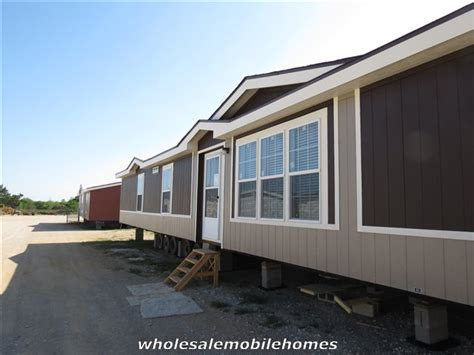 one of my new favorites as palm harbor homes is the palm harbor pecan valley iii wholesale mobile homes