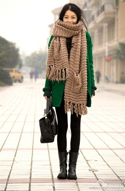 25 best ideas about chunky knit scarves on