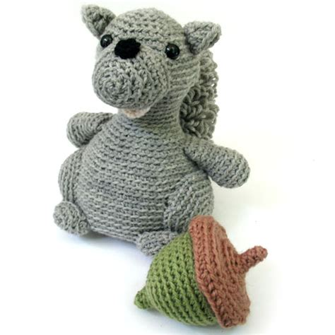 squirrel amigurumi crochet pattern the magic loop squirrel crochet pattern freshstitches