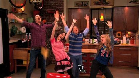 icarly igot a room episode icarly images icarly 4x01 igot a room hd wallpaper and background photos 21398177