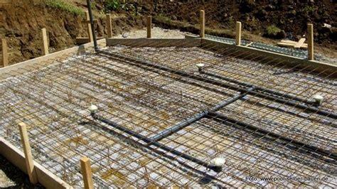 Bodenplatte Einschalen Anleitung by Bodenplatte Fundament F 252 R Einen Pool Erstellen Pool