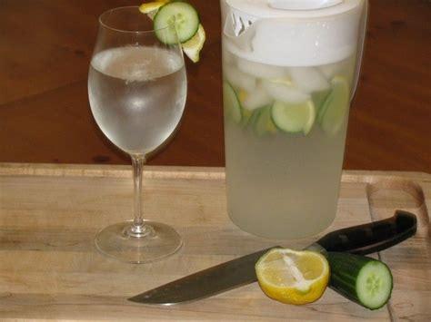 Lemon Detox Recipe Australia by Best 25 Lemon Cucumber Water Ideas On Lemon