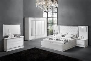 chambres adultes set de chambre king noir chaios com