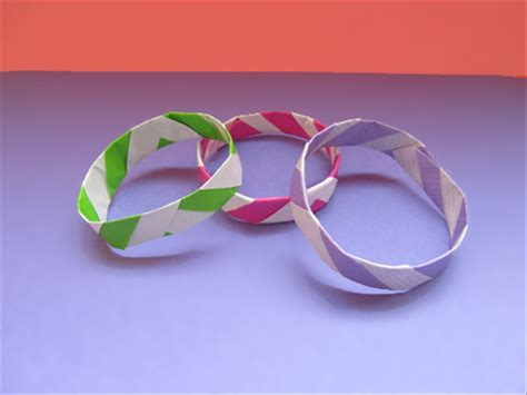 How To Make A Paper Wristband - how to make paper bracelets children s paper crafts