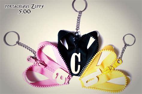 portachiavi con lettere portachiavi zippy con lettere donna accessori di ale