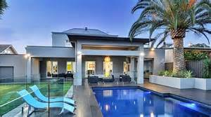 Beautiful Master Bedrooms The Adelaide Mansion That Features A 2 000 Bottle Wine