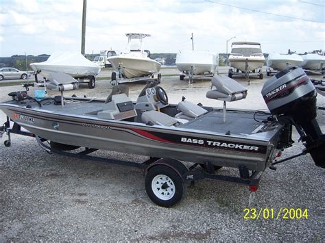 boat accessories bass pro 25 best images about bass tracker boats on pinterest