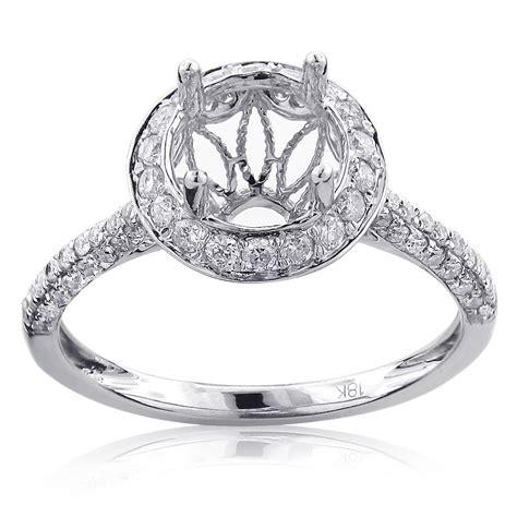 halo engagement ring mounting 0 81ct 18k gold