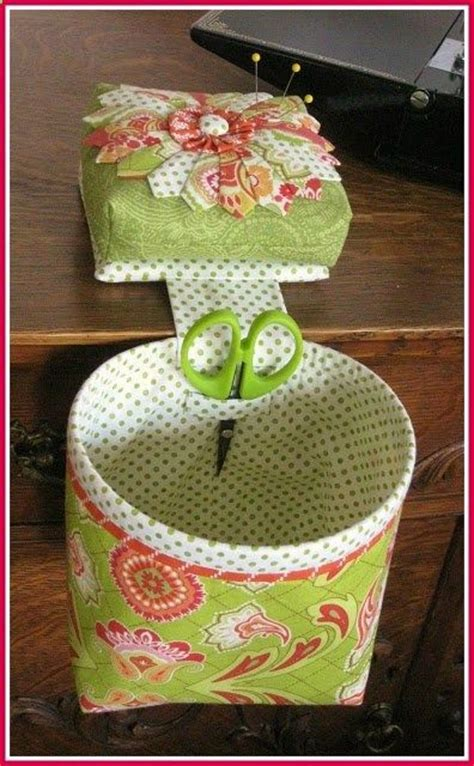 free pattern thread catcher pin cushion and thread catcher sewing ideas pinterest