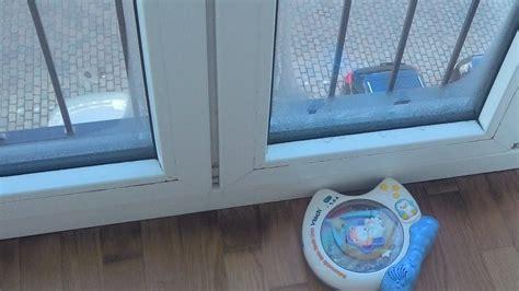 Wasser An Fenster by Kondenswasser Am Fenster