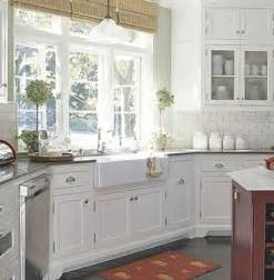 Farm Style Kitchen Sink Fabulous Farmhouse Sinks