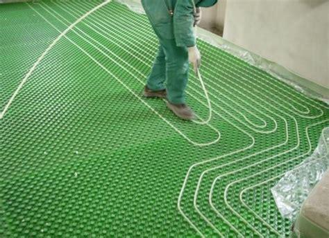temperatura acqua riscaldamento a pavimento il riscaldamento a pavimento