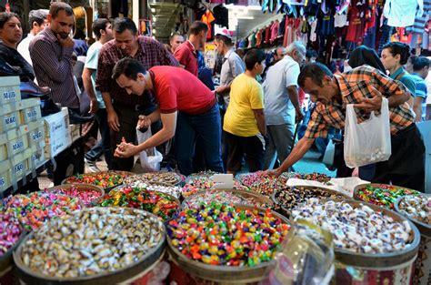muslims prepare for eid al fitr photo worldbulletin news