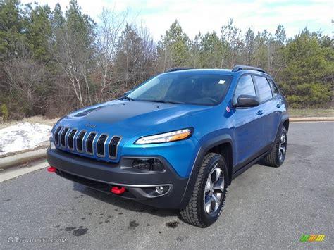 jeep trailhawk blue 2017 hydro blue pearl jeep trailhawk 4x4