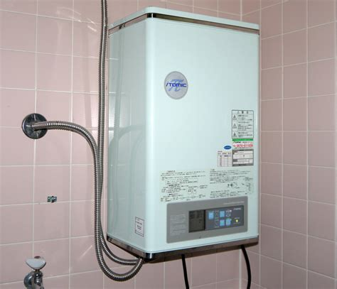 Electric Water Heater File Japanese Electric Water Heater Jpg Wikimedia Commons