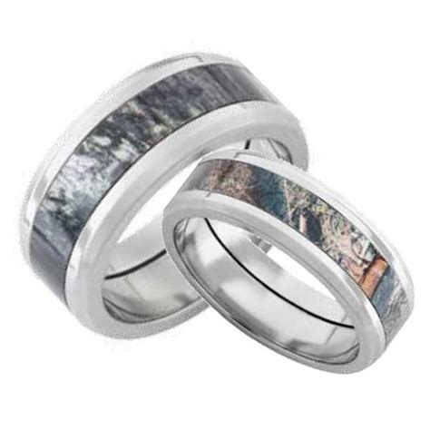 camo wedding ring sets his and hers wedding ideas and