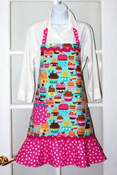 tutorial jahit apron antique roses and lace apron aprons get their own