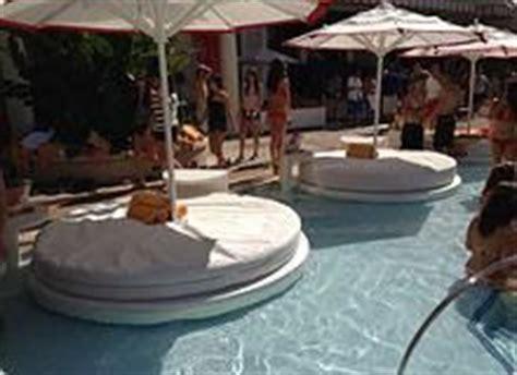 encore beach club couch 9 best images about encore beach club pool las vegas on