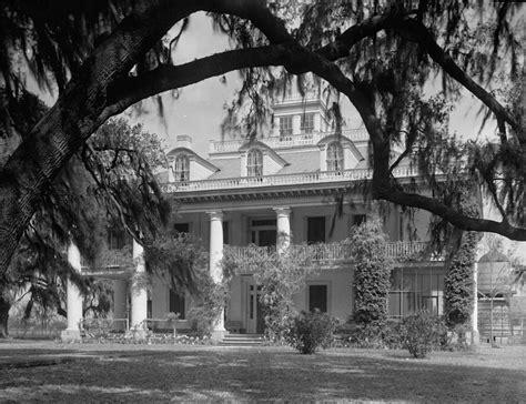 Front Elevation For House file houmas house plantation 01 jpg wikimedia commons