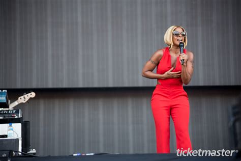mary j blige 2015 tour dates mary j blige and maxwell to co headline king and queen of