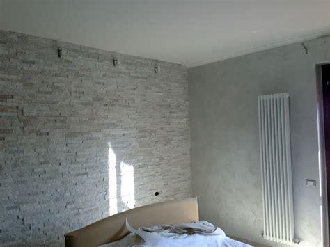 foto pitture per interni foto pittura edile 2010 decorazioni interni con posa