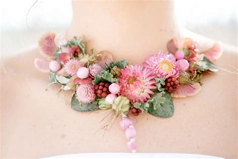 how to make flower jewelry floral jewelry tobey nelson events design