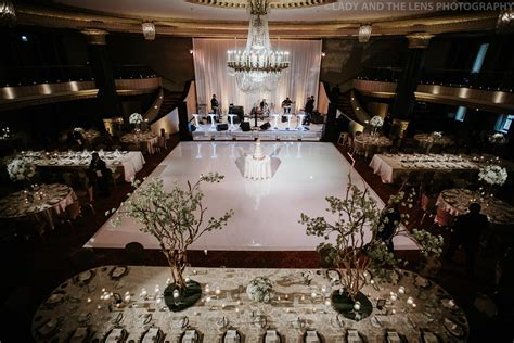 Drew & Matt   Intercontinental Chicago Wedding   Elegant