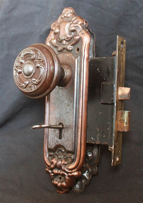 Interior Door Knobs With Key Lock 2 Avail Antique Vintage Neo Classical Interior Door Lockset Knob Plate Lock Key Ebay