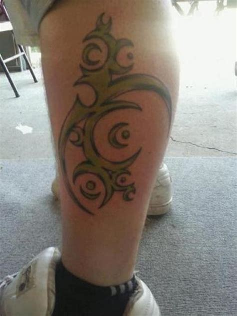 tribal tattoos calf muscle tribal on calf boy