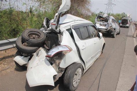 mumbai car crash 17 dead in near panvel on mumbai pune expressway