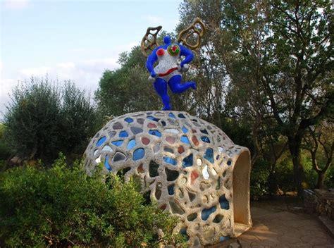 giardino dei tarocchi toscana il giardino dei tarocchi in toscana capalbio
