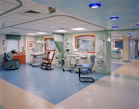 presbyterian hospital emergency room novant health presbyterian center rodgers builders