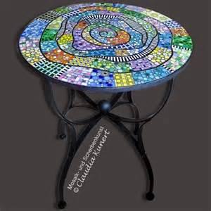 tisch mosaik die besten 17 ideen zu mosaiktisch auf