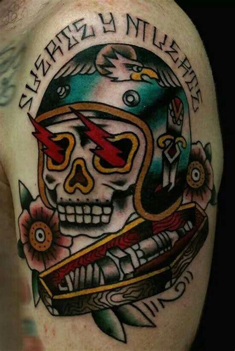 Tattoo Oberarm Motorrad by Motorrad Tattoos Oldschool And Tattoos On Pinterest