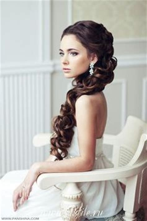 Wedding Hairstyles For Hair Pulled To The Side by 1000 Images About Quince Hair Makeup On