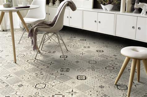 vinyl vloer plaktegels een hippe en onderhoudsarme vloer met retro vinyltegels