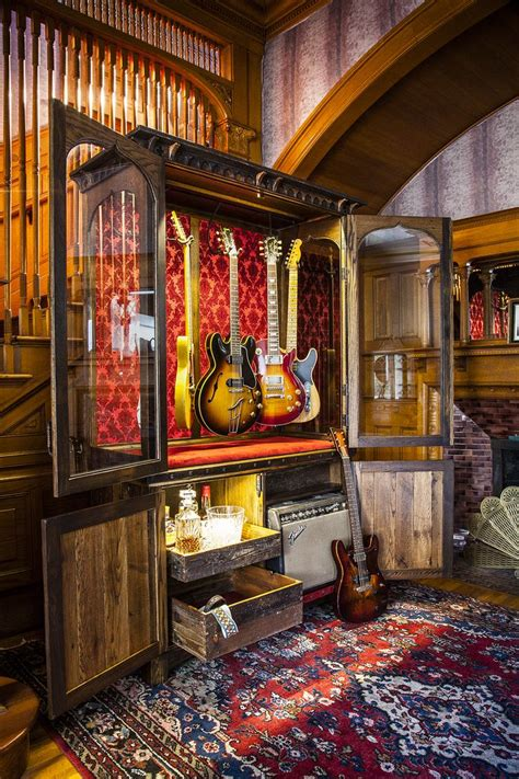 guitar bedroom ideas best 25 guitar room ideas on pinterest guitar display music rooms and music man cave