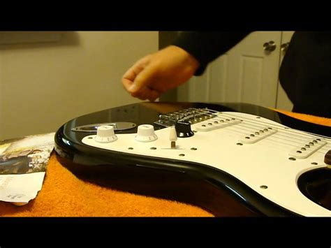 Remove Guitar Knobs by How To Change The Knobs On A Strat With A Of Junk